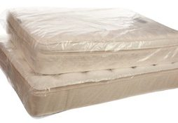 Plastic-mattress-cover-for-moving